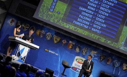 Nuovo Calendario Serie A.Calendario Serie A 2019 2020 Si Pensa Al Doppio Sorteggio