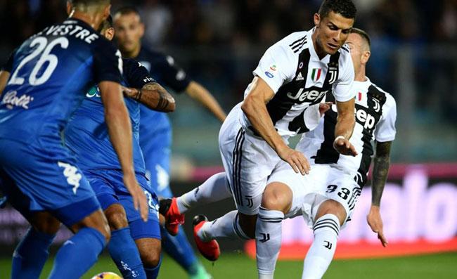 Serie A Juventus Lazio 2 1 Doppietta Di Ronaldo Il Portoghese A Quota 30 Con Immobile Areanapoli It