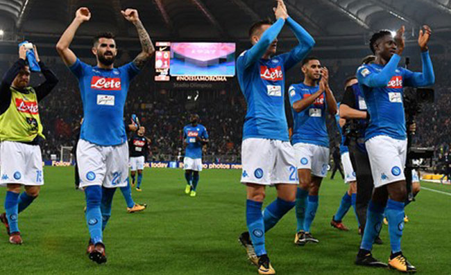 Europa League Napoli Calendario.Calendario Infuocato Per Il Napoli In Caso Di Ottavi Di