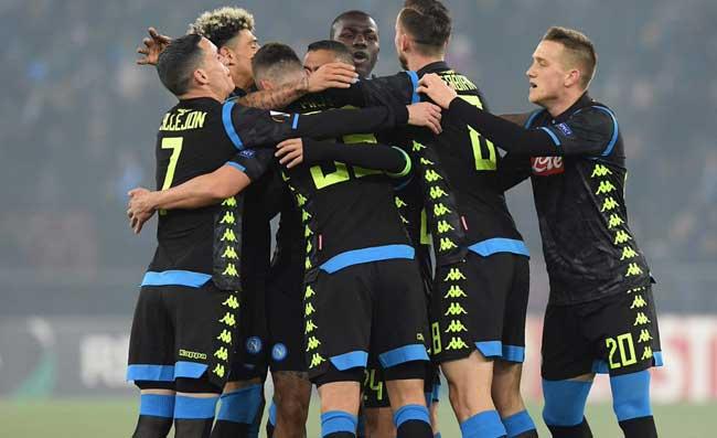 Il Napoli travolge lo Zurigo e va avanti in Europa League