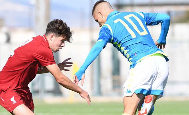 Napoli, Ancelotti allontana il PSG: