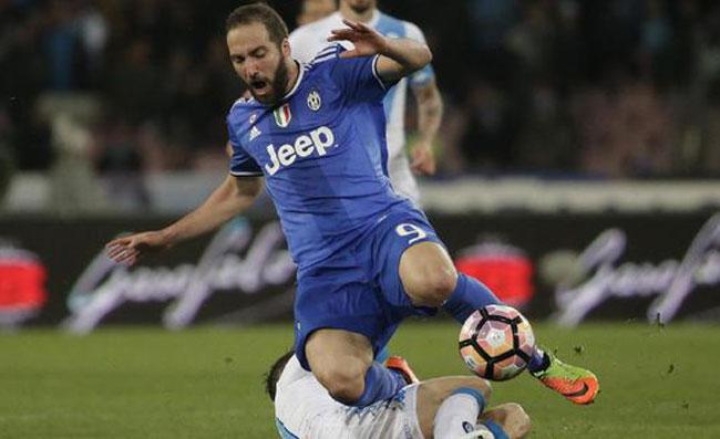 Napoli-Juve: le ultime da Vinovo su Higuain e probabile formazione