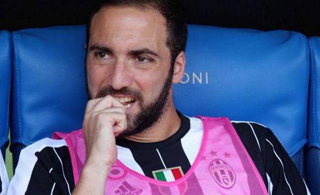 Argentina, gravissimo infortunio per Benedetto. Higuain torna a sperare per i Mondiali