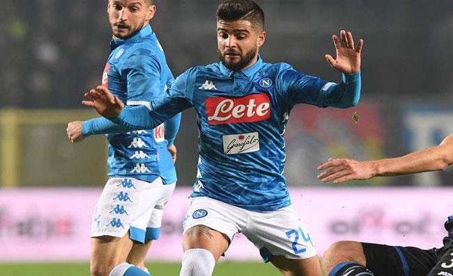 """FOTO - """"Pareggiata in albergo"""". La Fiorentina ferma il Napoli, la vignetta che sta facendo il giro del web"""
