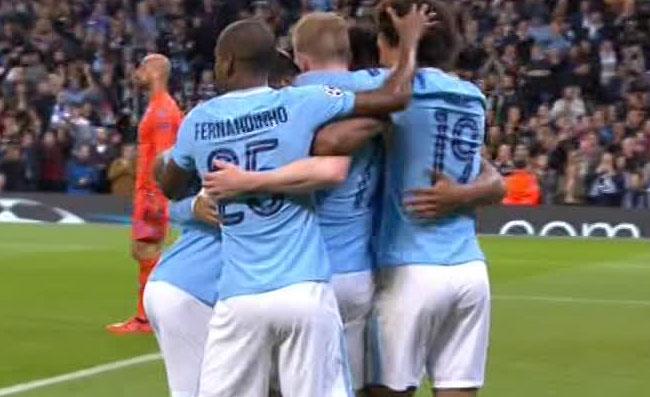 Napoli violenta: aggressione a 4 tifosi del Manchester City