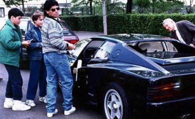 Maradona E La Storia Della Ferrari Nera A Napoli La Radio Dove è Ferlaino Spese Una Cifra Pazzesca Areanapoli It