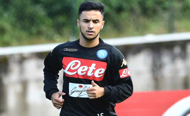 Distorsione per Ounas, Sarri impreca: