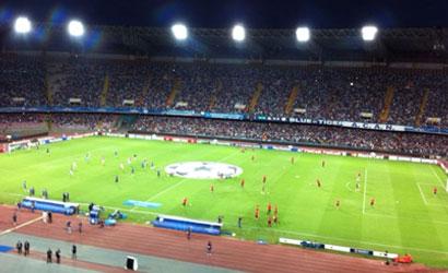 Napoli: scontri tra tifosi azzurri e polizia prima della Dinamo Kiev