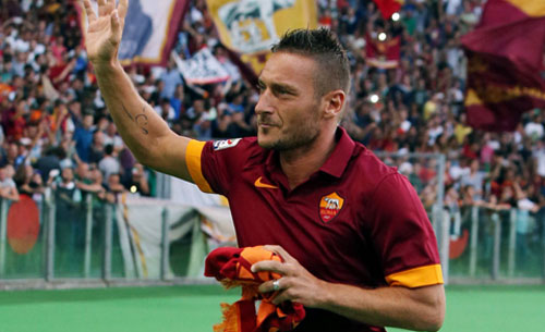 Mbappé insieme a Totti a Montecarlo